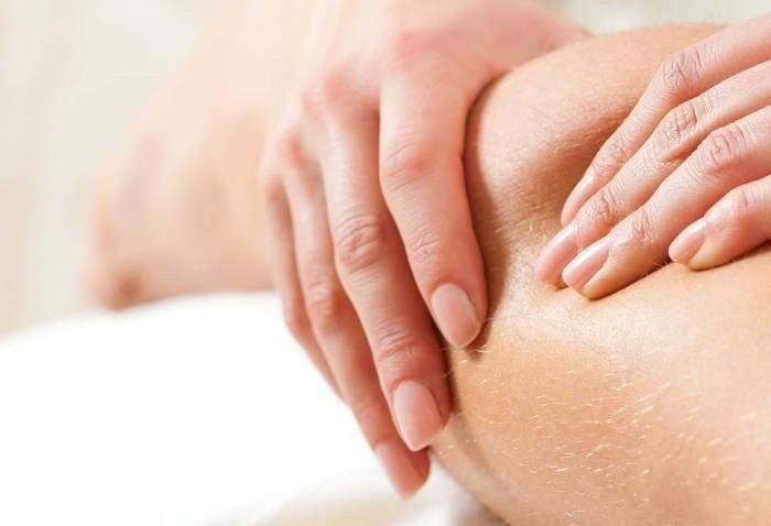 Corso di massaggio anticellulite per estetiste con massaggio per cellulite ayurvedico a Venezia