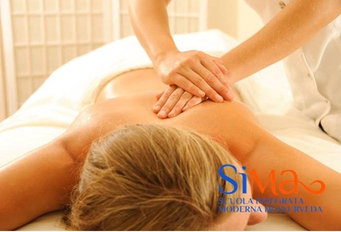 Corso massaggio ayurvedico Fidenza