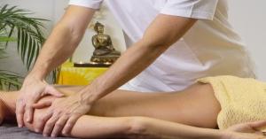Ecco perché il massaggio ayurvedico allevia i dolori