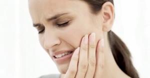 I segreti dell'Ayurveda contro il mal di denti