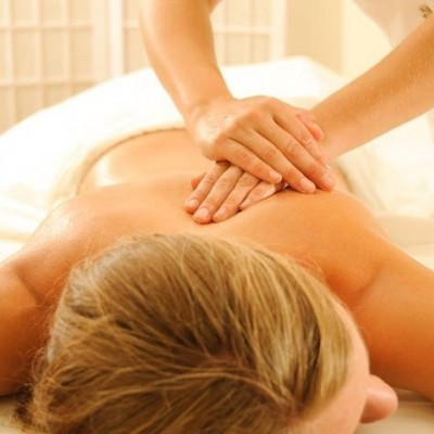 Corso di massaggio decontratturante per Coach del benessere con massaggio ayurvedico Ayurvedic Touch®