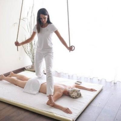 Corso massaggio con i piedi Kalari per massaggiatori