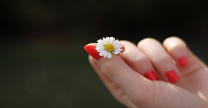 I cibi della cucina ayurvedia che fanno belle le unghie